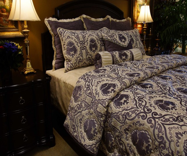 Bedding 2013 traditional-quilts