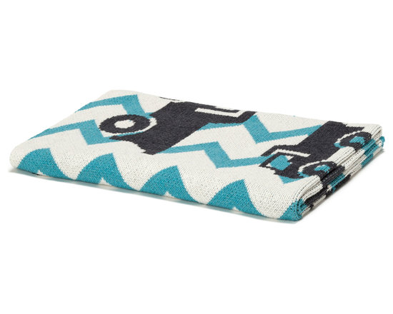 "in2green - Eco Baby Zig Zag Truck Throw, Aqua - Our throws are all knit in the USA with a blend of recycled cotton yarn (74% recycled cotton yarn, 24% acrylic, 2% other), generously sized at 50"" x 60"" and machine wash and dry...how easy is that!"