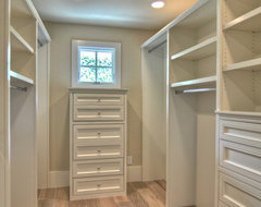 what is best type of lighting for walk in closet