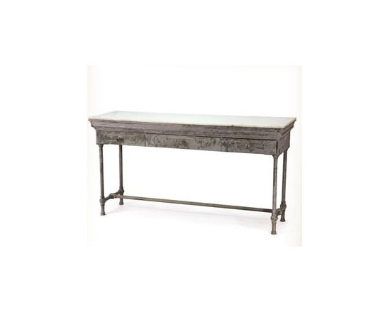 Artisanal Table -