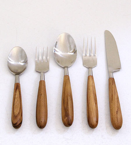 Teak Cutlery Set modern-flatware-and-silverware-sets