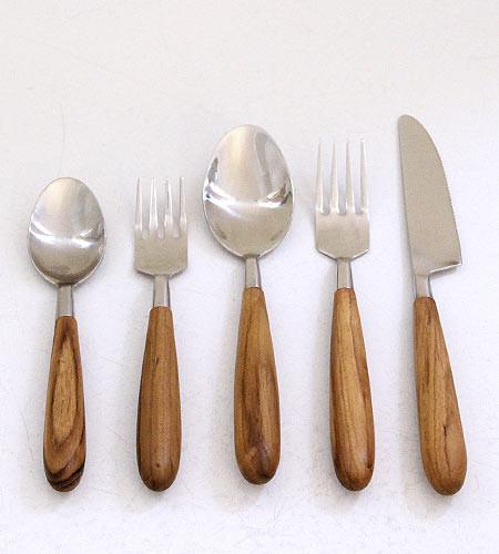 Teak Cutlery Set modern-flatware