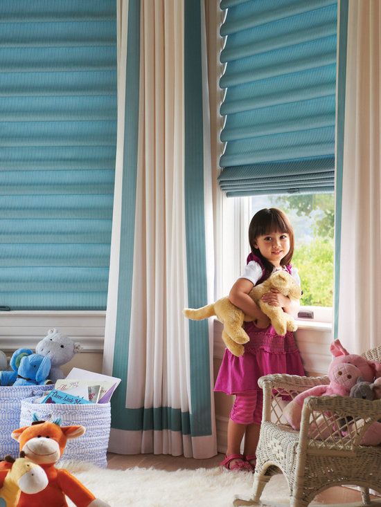 Child & Pet Safety - Hunter Douglas Canada - Vignette Cordless Modern Roman Shades - another perfect choice for child & pet safety! No lift cords or accessible rear cords!