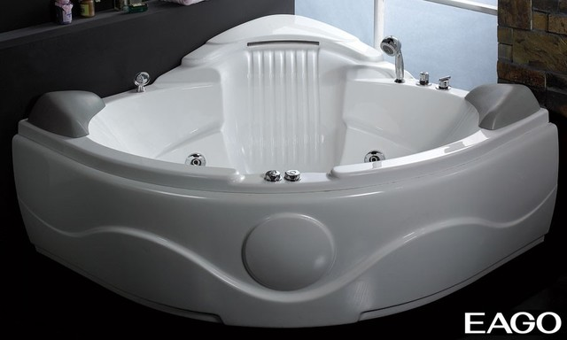 Eago AM505 61 Inch Rounded Corner Waterfall Whirlpool Bath Tub modern bathtubs