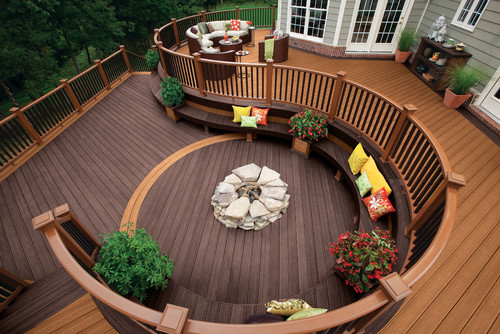 Traditional Deck by Winchester Decks, Patios & Outdoor Enclosures TREX COMPANY INC.