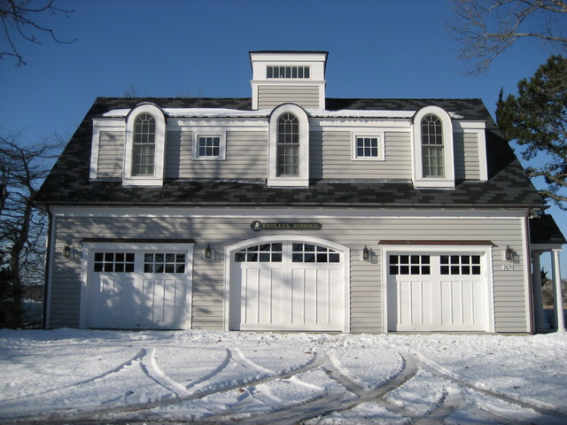 Seapuit Osterville traditional-garage-and-shed