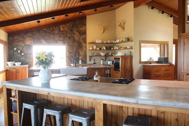 The Pioneer Woman's Set Design farmhouse