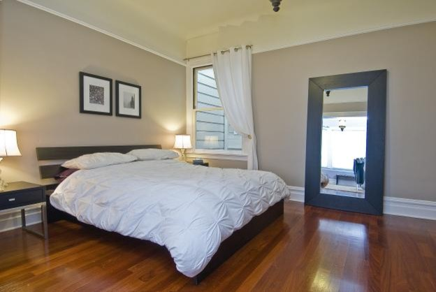 JV Staging contemporary-bedroom