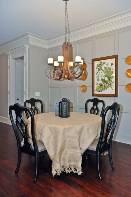 Dining Room at the Village of Highland Lakes dining-room