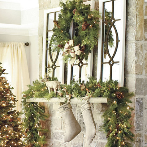 Berteau pre lit garland traditional outdoor holiday Outdoor christmas garland ideas