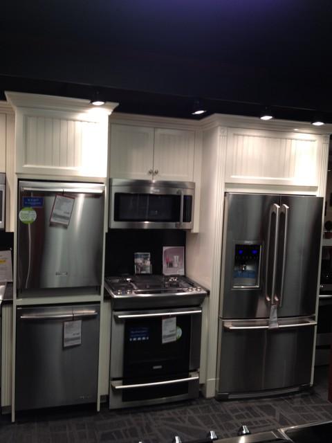 Showrooms modern-major-kitchen-appliances