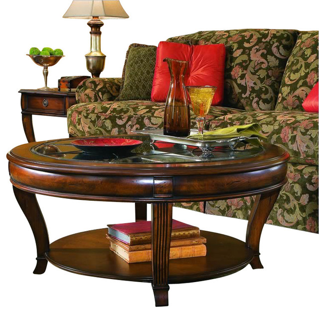 Hooker Furniture Brookhaven Round Cocktail Table In Clear Cherry Traditional Coffee Tables