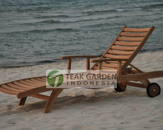 Teak Garden Furniture, Teak chaise lounger and daybed - Teak Daybed by CV. Teak Garden Indonesia http://www.teakgardenindonesia.com