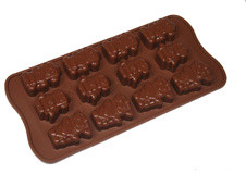 Robot Chocolate Mould eclectic-specialty-kitchen-tools