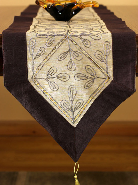 """Elegant Table Runners - Brown table runner, crafted with modern sequins. Nice and Elegant Indian hand crafted pattern. """"Caramel"""" color."""