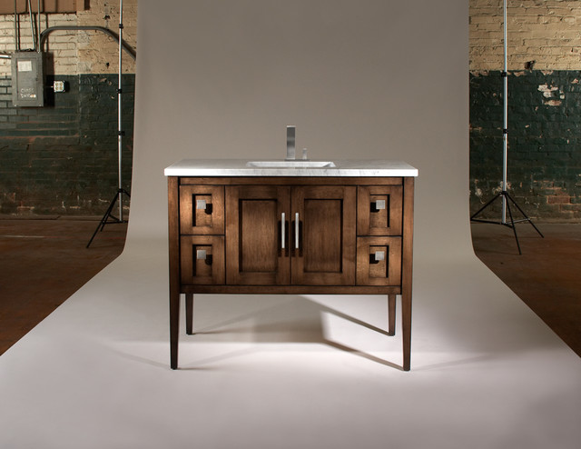Signature Vanities by The Furniture Guild - traditional - bathroom
