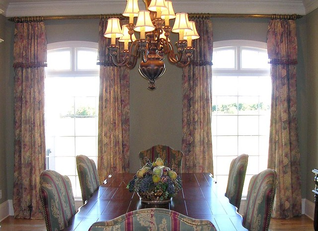 Window Treatments traditional-dining-room