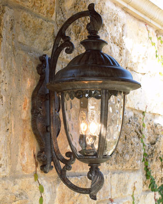 """Park Lane"" Lantern traditional outdoor lighting"