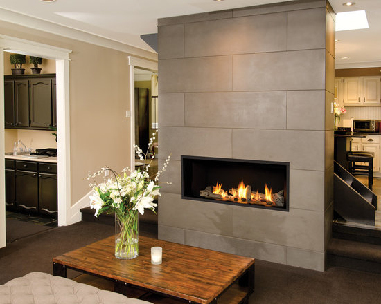 L1 Linear Series Fireplace - 1500I L1 Series with 1505DWK Long Beach Fire and 1515FBL Black Fluted Liner
