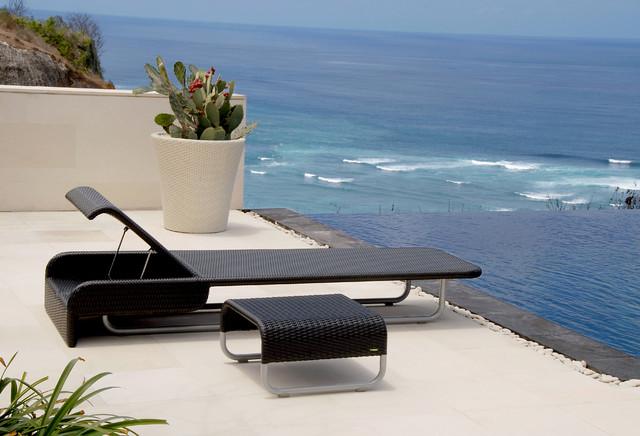 Modern Outdoor Chaise Lounge Sun Day R modern-outdoor-chaise-lounges