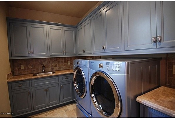 Laundry Room traditional 