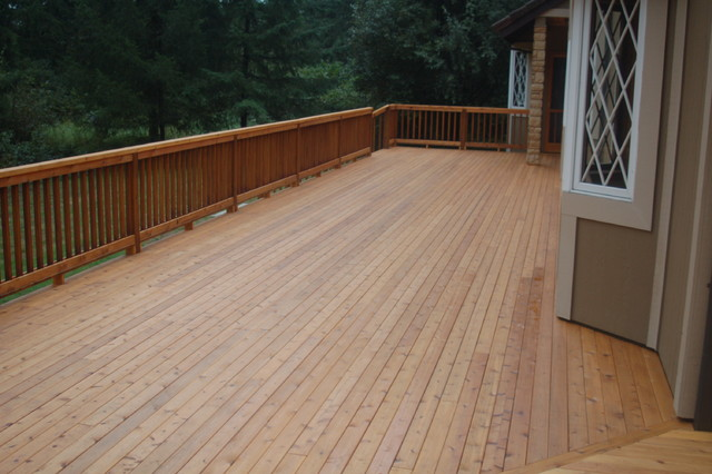 Cedar Deck traditional porch