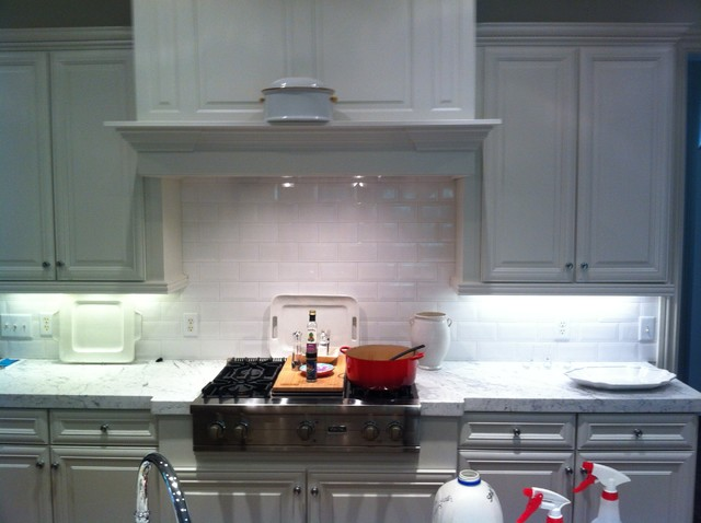 4x8 Beveled Edge White Subway Tile Backsplash