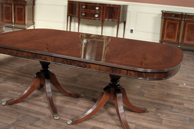 Duncan Phyfe Traditional Mahogany Double Pedestal Dining Table AP 79 138 SP