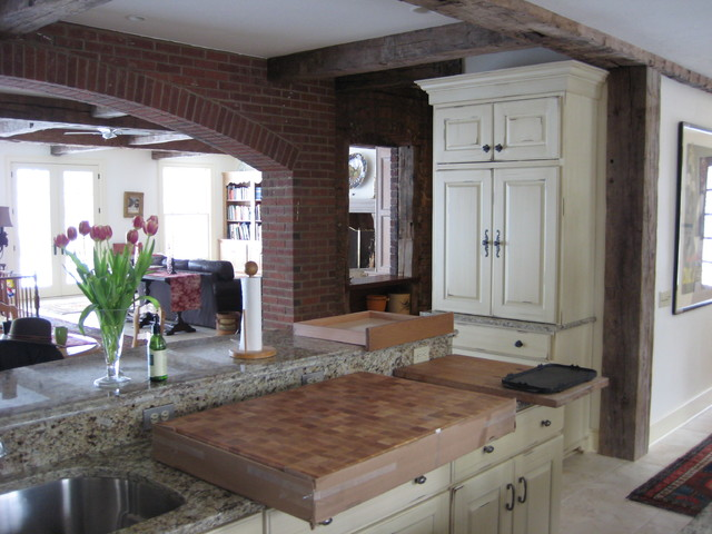 Manor House Circa 1920 Traditional Kitchen Cleveland By Studio 76 Kitchens And Baths