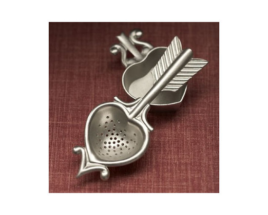 Beehive Heart Tea Strainer - The Tea Strainer by Beehive includes instructions for a perfect pot of tea and comes with a charming heart-shaped rest.