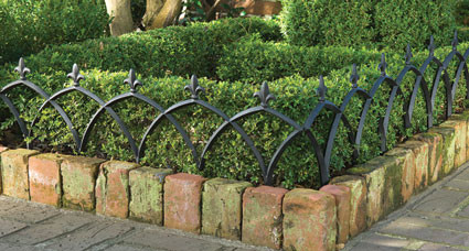 Aluminum Garden Fence (Set of Four) traditional-home-fencing-and-gates
