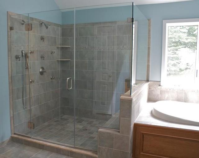 Frameless ShowerGuard Enclosure traditional-showerheads-and-body-sprays