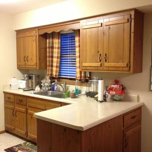 ugly kitchen cabinet makeover