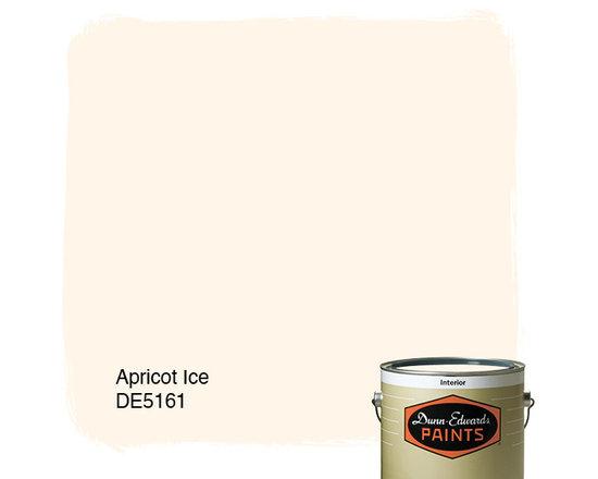 Dunn-Edwards Paints Apricot Ice DE5161 -