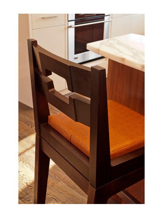 Swivel Seat Barstool -