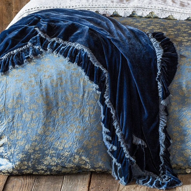Bella Notte Throw Blanket Loulah Traditional Throws