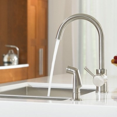 moen level 7106 single handle kitchen faucet with side