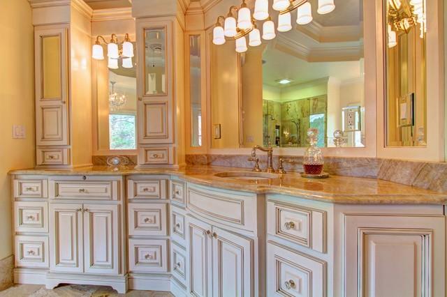 Shutt - Horseshoe Bend traditional-bathroom