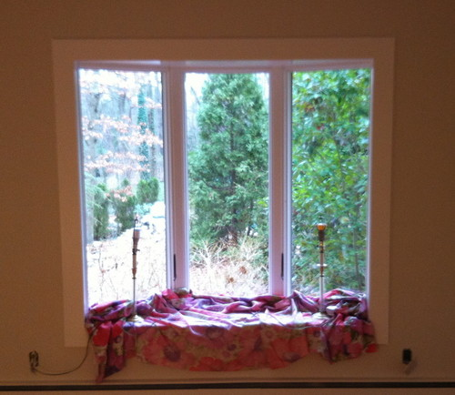 Master bedroom bay window window treatments for Bedroom bay window treatments