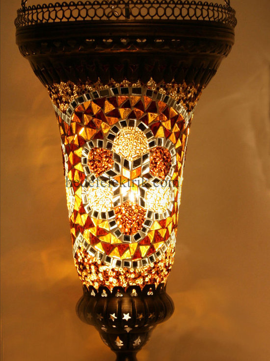 Pointy Turkish Style Mosaic Pendant Lighting 17cm - Mosaic lamps are made of original colour of glasses. When the lamp is lit, the glasses cause colorful shades, which can suddenly change the ambiance of a room by its inspiring view. Noe of the glasses are painted nor applied a transaction. Each parts of the lamp are handmade.