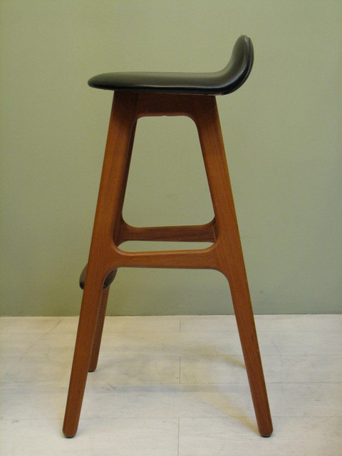 Mid Century Modern Furniture and Decor modern-bar-stools-and-counter-stools