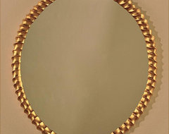 Neuveau Twist Oval Mirror in Gold traditional-mirrors