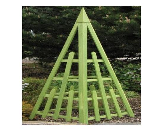 Arboria Irish Moss Pyramid Trellis -