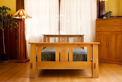 Handmade by RSS traditional-beds