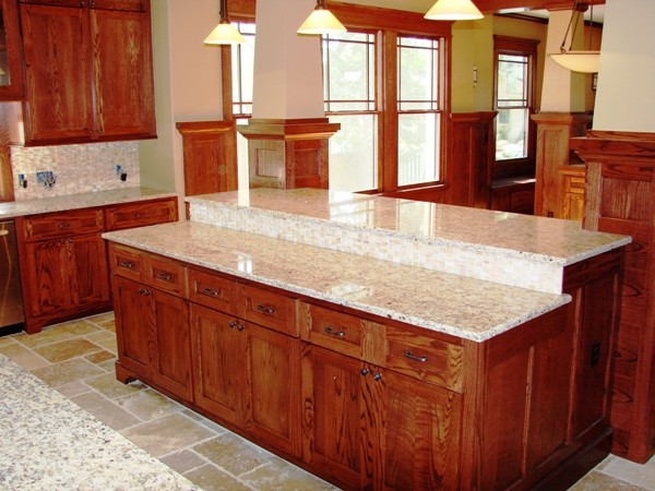 Heights Bungalo/Craftsman traditional-kitchen