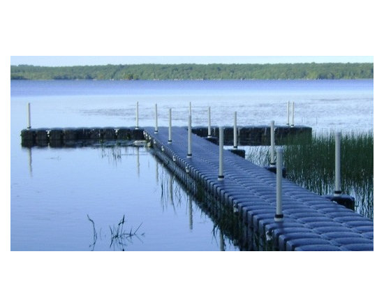 Floating Docks and Walkway Systems - JetDock's floating walkway system is available in any shape or design. Our floating dock will even work without water! Learn more at JetDock.com today!