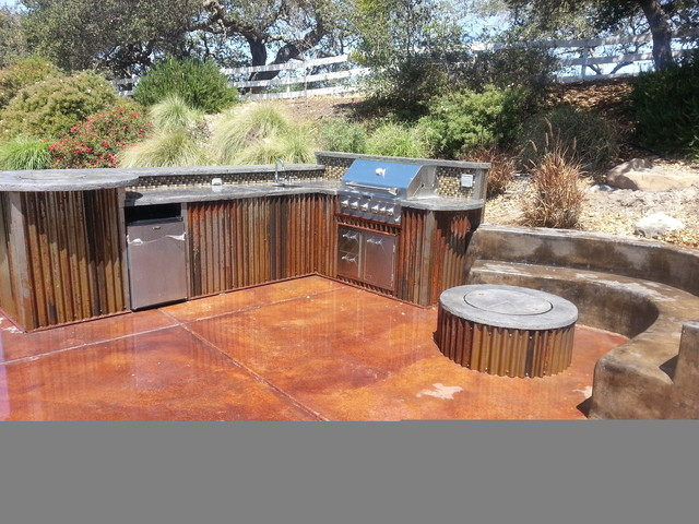 Outdoor Kitchens And Firepits Rustic Other Metro By
