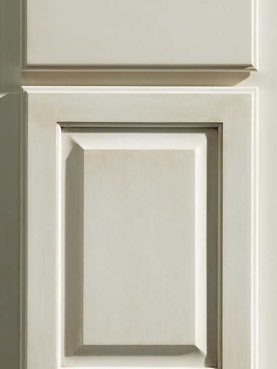 """Dura Supreme Cabinetry - Dura Supreme Cabinetry Oxford Classic Overlay Cabinet Door style - Dura Supreme Cabinetry """"Oxford Classic"""" overlay cabinet door style in Maple shown with Dura Supreme's """"White"""" paint with """"Espresso"""" Glaze finish."""