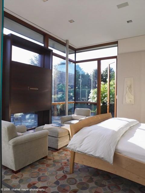 Further Lane, East Hampton contemporary-bedroom