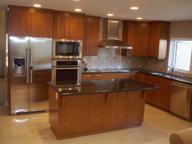 Kitchens contemporary los angeles by frontier for Contemporary kitchen cabinets los angeles
